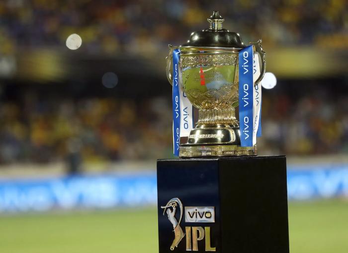 Top 10 highest IPL run scorers of all time